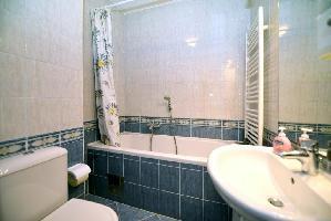650988) Apartamento En Zagreb Con Aire Acondicionado, Aparcamiento, Balcón, Lavadora