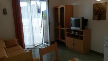 461419) Apartamento En El Centro De Tisno Con Aire Acondicionado, Aparcamiento, Balcón