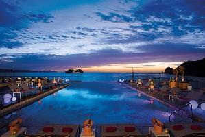 Hotel Breathless Cabo San Lucas Resort & Spa