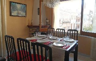 306269) Apartamento En El Centro De Canet De Mar Con Lavadora