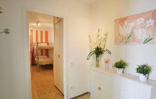332715) Apartamento En Canet De Mar Con Internet, Ascensor, Aparcamiento, Jardín