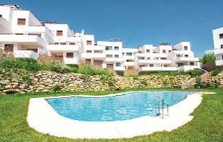 644085) Apartamento En El Centro De Nerja Con Internet, Piscina, Aire Acondicionado, Jardín
