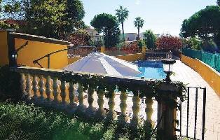 627959) Casa En El Masnou Con Internet, Piscina, Jardín