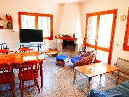 667574) Casa En Can Carbonell Con Internet, Aparcamiento, Terraza, Lavadora