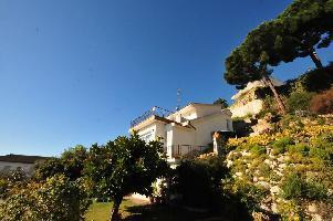 562293) Casa En Sant Cebrià De Vallalta Con Terraza, Jardín, Lavadora