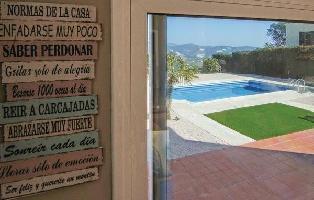 652967) Casa En Sant Cebrià De Vallalta Con Internet, Piscina, Aire Acondicionado, Jardín