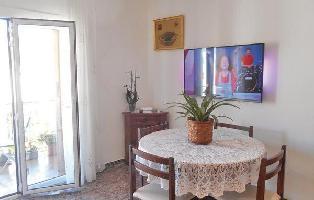 498229) Apartamento En Tossa De Mar Con Internet, Aire Acondicionado, Jardín