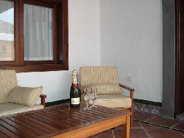 63789) Casa En El Centro De Yaiza Con Piscina, Aparcamiento, Jardín, Lavadora