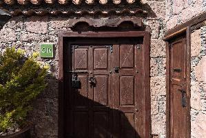 651692) Villa En Tejeda Con Terraza, Lavadora