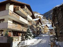 45815) Apartamento En El Centro De Täsch Con Ascensor, Balcón