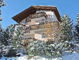 62855) Apartamento A 105 M Del Centro De Sankt Moritz Con Internet, Aparcamiento, Jardín, Balcón