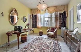 561632) Apartamento En El Centro De Miami Con Internet, Piscina, Aire Acondicionado, Ascensor