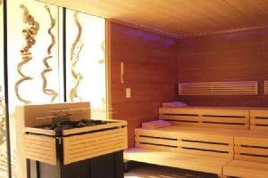 33149) Apartamento En El Centro De Kaprun Con Piscina, Aparcamiento, Terraza, Balcón