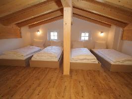 35413) Apartamento En El Centro De Kaprun Con Piscina, Aparcamiento, Terraza, Balcón