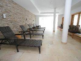 36197) Apartamento En El Centro De Kaprun Con Piscina, Aparcamiento, Terraza, Balcón