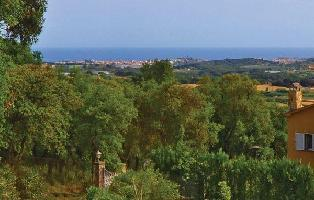 306153) Casa En Palafolls Con Piscina, Jardín, Lavadora