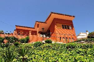 562269) Casa En Palafolls Con Jardín, Lavadora