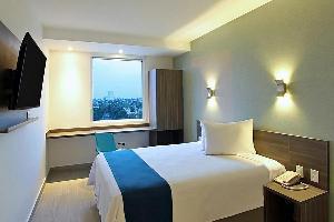 Hotel One Leon Antares
