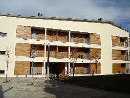 532916) Apartamento En Sabiñánigo Con Ascensor, Aparcamiento, Terraza, Jardín