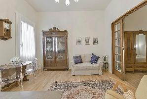 552541) Apartamento En El Centro De Florencia Con Aire Acondicionado, Balcón, Lavadora