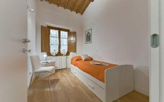 552942) Apartamento En El Centro De Florencia Con Aire Acondicionado, Lavadora