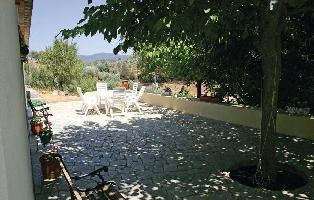 55389) Casa En Constantina Con Aire Acondicionado, Jardín, Lavadora