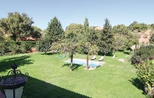 561534) Casa En Constantina Con Internet, Piscina, Jardín