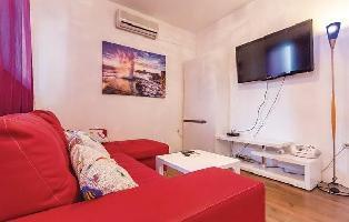 644213) Apartamento En El Centro De Medulin Con Internet, Aire Acondicionado, Jardín
