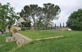 161045) Casa En Poggibonsi Con Jardín, Lavadora
