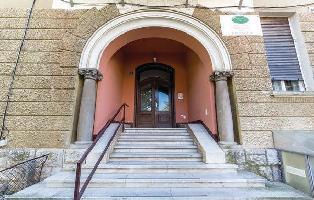 160135) Apartamento En El Centro De Opatija Con Internet, Piscina, Jardín, Lavadora
