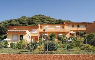 250213) Apartamento En Castelsardo Con Aire Acondicionado, Aparcamiento, Terraza, Lavadora