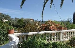 155823) Apartamento A 308 M Del Centro De Grasse Con Piscina, Aire Acondicionado, Jardín, Lavadora