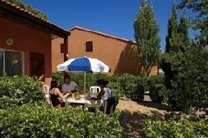 54995) Apartamento En Narbona Con Piscina, Terraza, Balcón