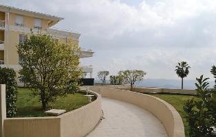 457895) Apartamento En El Centro De Grasse Con Internet, Aparcamiento, Jardín, Lavadora