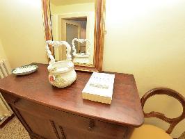 440181) Apartamento A 528 M Del Centro De Lucca Con Terraza, Lavadora