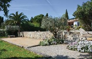 635985) Casa En Grasse Con Internet, Piscina, Jardín
