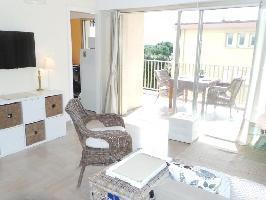 652175) Apartamento En El Centro De Antibes Con Ascensor, Terraza, Lavadora