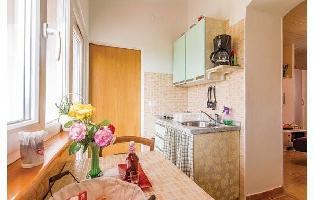 176025) Apartamento En El Centro De Vrsar Con Internet, Aire Acondicionado, Aparcamiento, Jardín