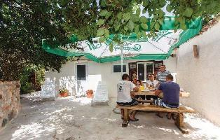 234943) Casa En El Centro De Malinska Con Internet, Aire Acondicionado, Jardín, Lavadora