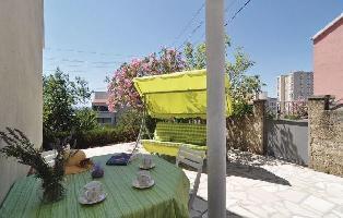 283701) Apartamento A 124 M Del Centro De ?ibenik Con Internet, Aire Acondicionado, Jardín, Lavadora