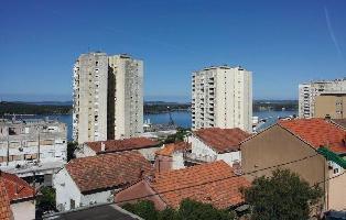 285965) Apartamento A 174 M Del Centro De ?ibenik Con Internet, Aire Acondicionado, Jardín, Lavadora
