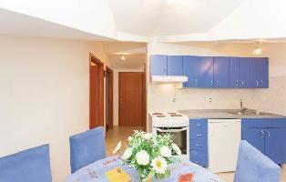 286887) Apartamento En El Centro De Punat Con Aire Acondicionado, Terraza, Jardín