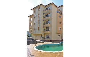 167765) Apartamento En El Centro De Sunny Beach Con Piscina, Aire Acondicionado
