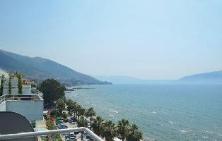 211031) Apartamento En Vlorë Con Internet, Aire Acondicionado, Jardín, Lavadora