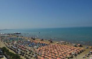519700) Apartamento En Durrës Con Internet, Aire Acondicionado, Aparcamiento, Lavadora