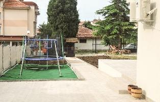 640328) Casa En Nesebar Con Internet, Aire Acondicionado, Jardín, Lavadora