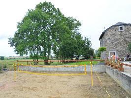 35691) Cortijo En Libramont-chevigny Con Terraza, Jardín, Lavadora