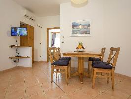 516597) Apartamento En El Centro De Tar Con Piscina, Aire Acondicionado, Aparcamiento, Terraza