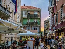 447251) Apartamento En El Centro De Zadar Con Aire Acondicionado, Balcón