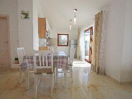 667332) Apartamento En El Centro De Savudrija Con Internet, Aire Acondicionado, Aparcamiento, Terraz